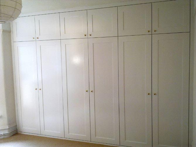 Встроенный шкаф с антресолью: фото, цена. купи на заказ моск.